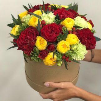 Цветы в коробке, Розы в шляпной коробке, Купить розы сдоставкой, Букет для учителя