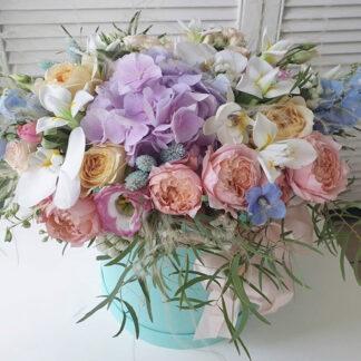 Цветы, букет в шляпной коробке, Букет для женщины на праздник