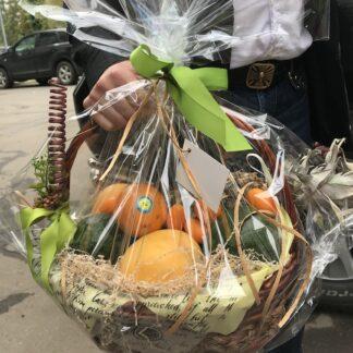 подарочная корзина с экзотическими фруктами из Тайланда, Фрукты из Тайланда, Фруктовая корзина