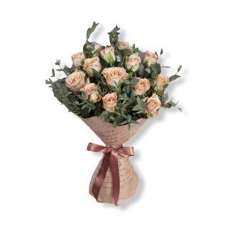Букет из роз купить недорого, Букет на 8 март а купить с доставкой по Москве недорого, цветы дешево Москва, купить розы по низкой цене, корпоративные букеты Москва, Розы Москва, Букет на день рождения, Заказать цветы Москва, цена, Розы недорого, Монобукет розы, крафтовая упаковка, цветы