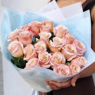 Букет из роз, Розы Эквадор, Купить букет с доставкой по Москве, доставка цветов Москва, Цветы Москва, Розы недорого, купиь розы Москва, букет на день рождения заказать, Цветы дешево, букет на 8 марта