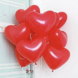 Связка из воздушных шаров в виде красных сердец, шарик сердце купить с доставкой по Москве, шарики на 14 февраля Москва, Воздушные шары Москва, Шарики с гелием купить в Москве, Шары на дом, шарики на праздник купить недорого, Шары сердечки