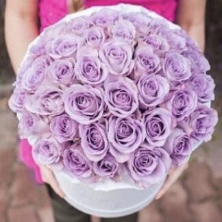 букет из роз в шляпной коробке, цветы, розы, купить недорого цветы с доставкой по Москве, Преферито, Букеты, букет из роз в шляпной коробке, Недорого купить букет, Цветы к 8 марта, букет к 8 марта