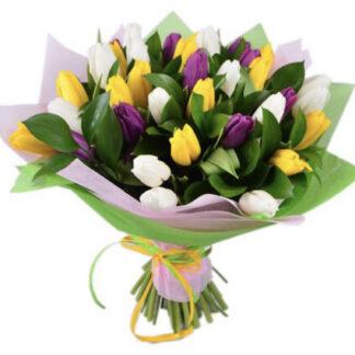 яркий букет из тюльпанов, букеты Москва, букет к 8 марта, цветы к 8 марта, Цветы Москва, купить цветы недорого, тюльпаны с доставкой по Москве, весенний букет на заказ, заказать букет с доставкой, подарки к 8 марта, Преферито