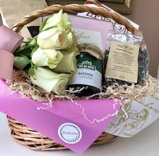 Подарочная корзина для женщины, Женская подарочная корзина, Чайный набор, Букет из чая, Подарок с чаем и кофе, Женская подарочная корзина, подарки для женщин купить в Москве
