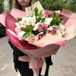 Большой букет из орхидей, купить орхидею, букеты с орхидеей, букет премиум, цветы москва, заказать букет с орхидеями