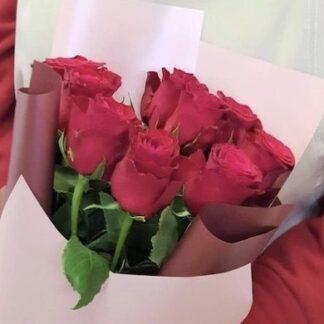 Классический букет из красных роз с доставкой по Москве, букет недорого, цветы Москва, Цветы Преферито