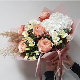 Нежный букет цветов, букет персикового цвета, заказать красивый букет недорого, цветы Москва, Купить букет с доставкой, букет на 8 марта, букет для девушки