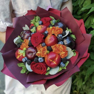 Букет из фруктов и ягод, фруктовый букет, Букет на 8 марта, букет для учителя, букет для мамы, заказать фруктовый букет, купить недорого букет из фруктов, букет на 1 сентября