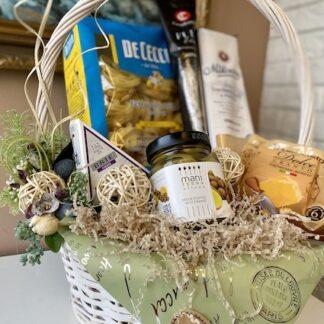 Подарочная корзина для женщины, Подарочная корзина с продуктами, Продуктовая корзина, Корзины Преферито, Корпоративные подарки для женщин, Preferito, Итальянские продукты в подарок, Итальянский подарочный набор, Паста в подарок, Подарок по итальянски, Итальянская подарочная корзина