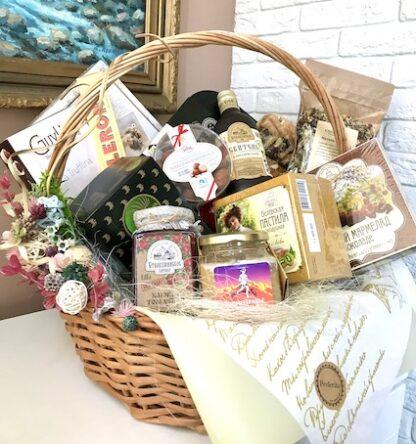 Подарочная корзина, Чайная корзина, Подарок для женщины, Чайный набор, Подарок для начальницы, Подарок для учителя, Подарок на юбилей, Продуктовая корзина, Купить подарочную корзину, Преферито, Preferito корзины